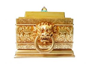Horizontal incense burner with lion head handle (brass)